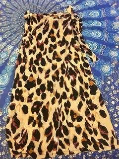 Bnwot leopard wrap midi skirt size M