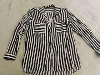 Pre-Loved Zara woman shirt black and white stripe