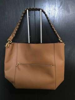 💡PRICE DROP! Charles & Keith Bag