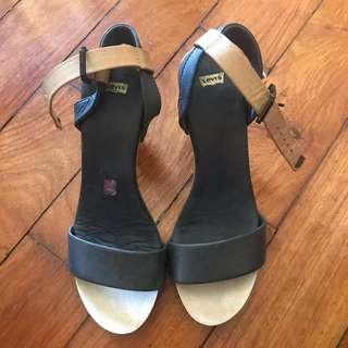 Levis leather Strapped Sandals