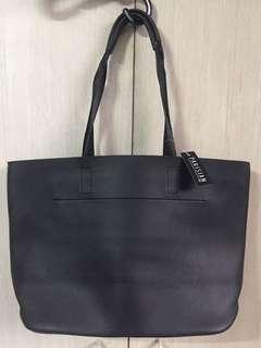 PARISIAN BLACK BAG / TOTE
