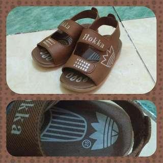 #READY Sepatu sandal balita Like new