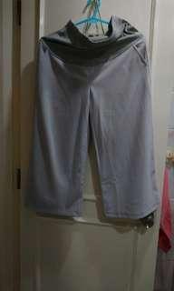淺灰色孕婦九分闊腳褲