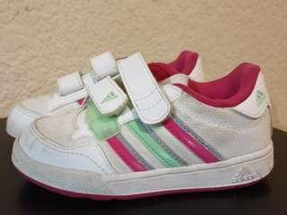 Adidas original girl sneakers