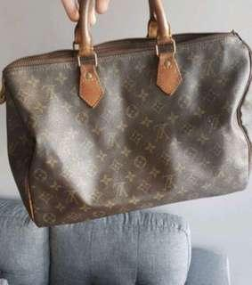 Authentic Louis Vuitton speedy vintage