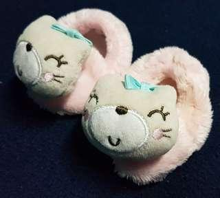 Baby girl furry shoes