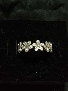 Brand New Pandora Silver Dazzling Daisy Chain Ring