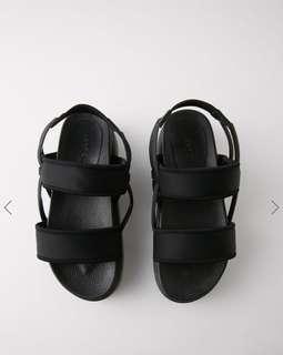 🚚 正品moussy實品 厚底涼鞋 L 黑色