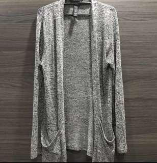 🚚 Grey Knit Cardigan