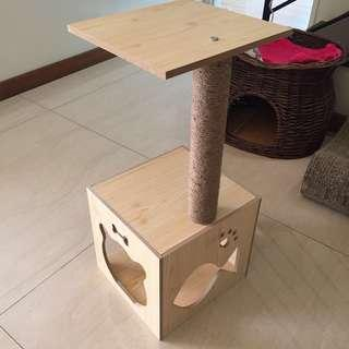 🚚 (New!) cat scratch pole house