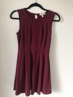 Adorable above knee dress in dark red/wine colour
