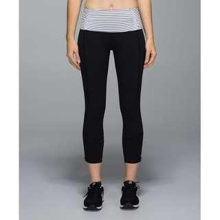 Lululemon Runday Crop / Size 6 / Black White Run Reflective Gym