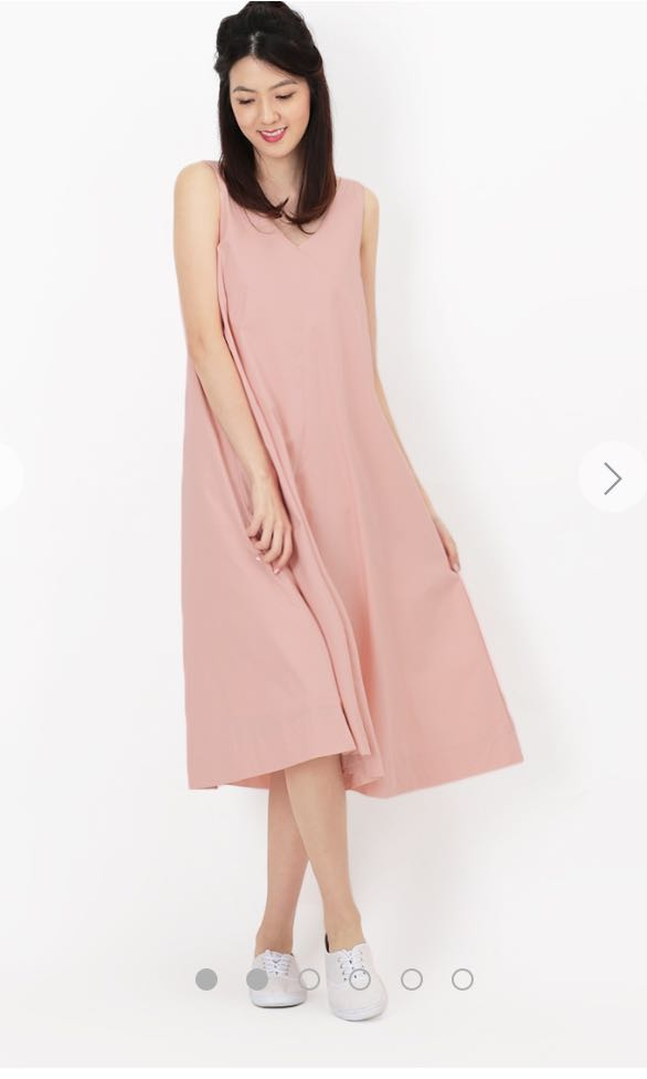 9e77958970d Aforarcade Willow v neck pink flare dress