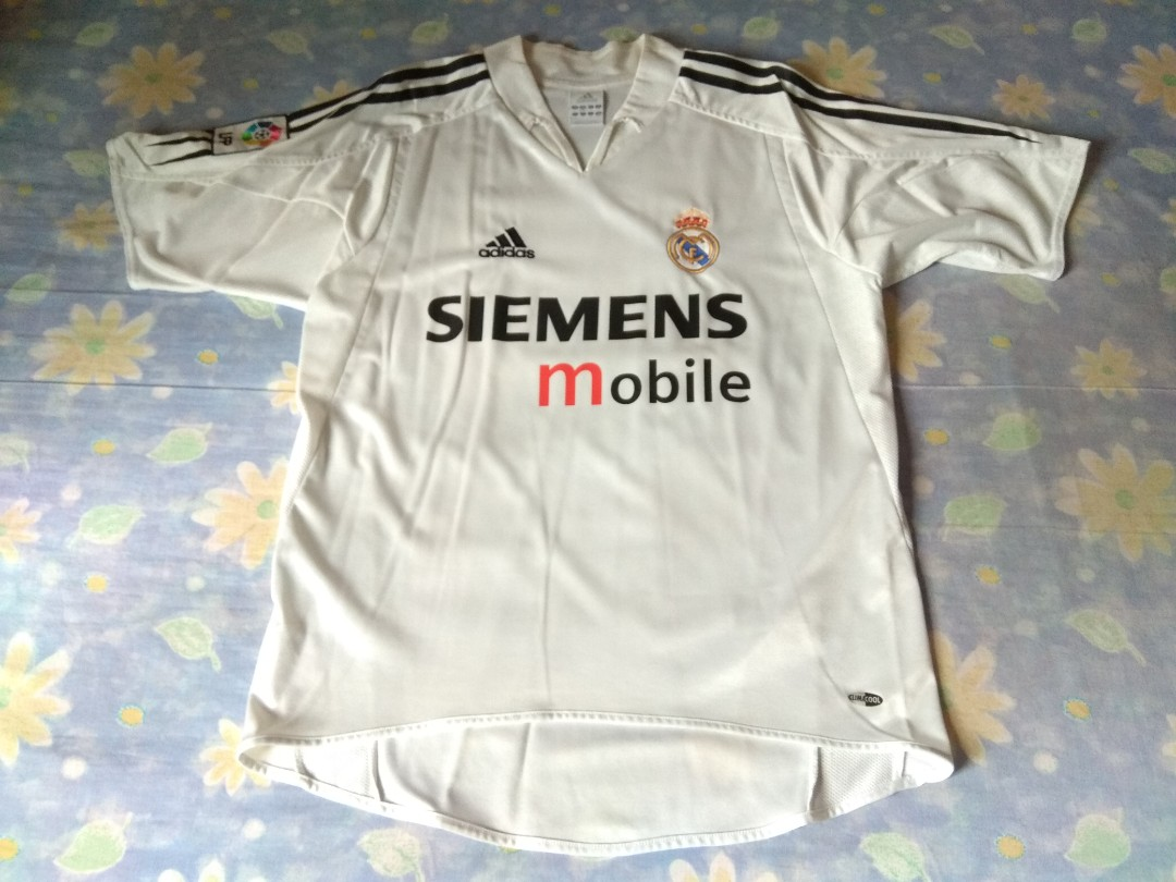 af1bd9597 Never Been Worn Authentic Real Madrid Adidas 2004 Home Retro ...