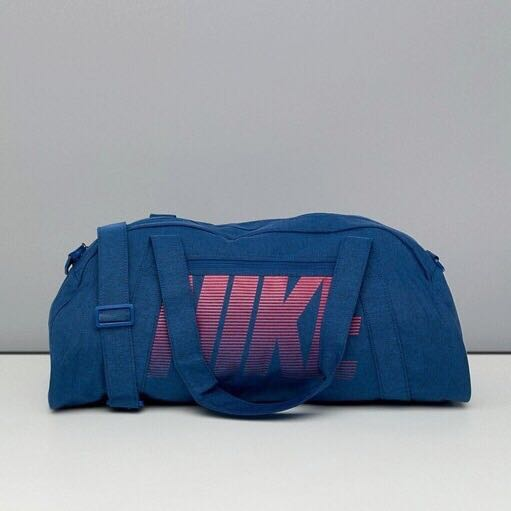 845aa056a0 Brand new with tag Nike Gym Bag