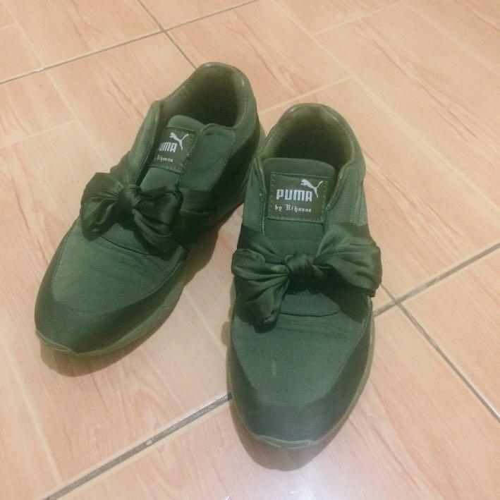 d78ce7644af6 Fenty Puma by Rihanna Bow Sneaker (IMITATION)