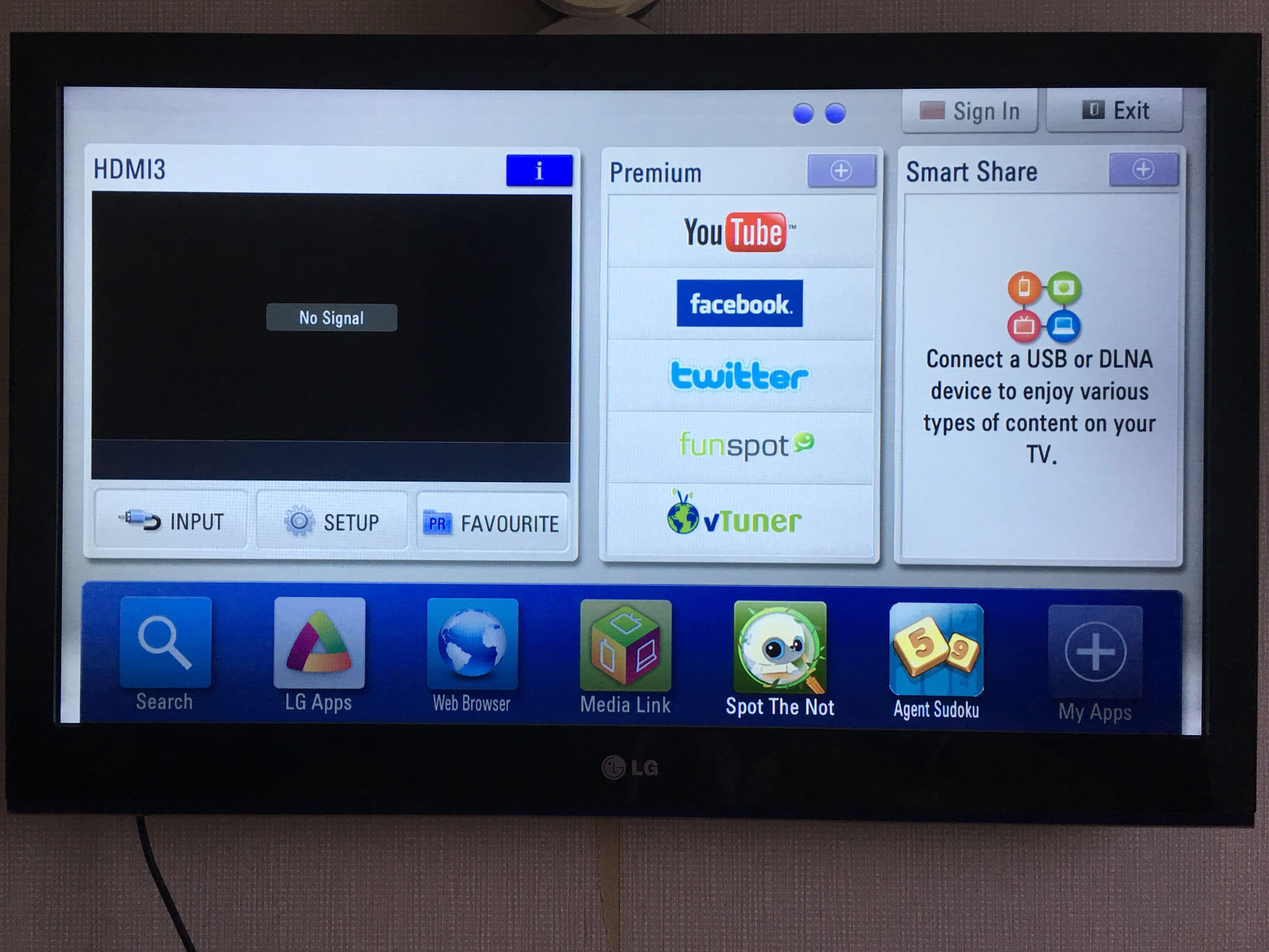 LG LED Smart Internet TV in very good condition and pre