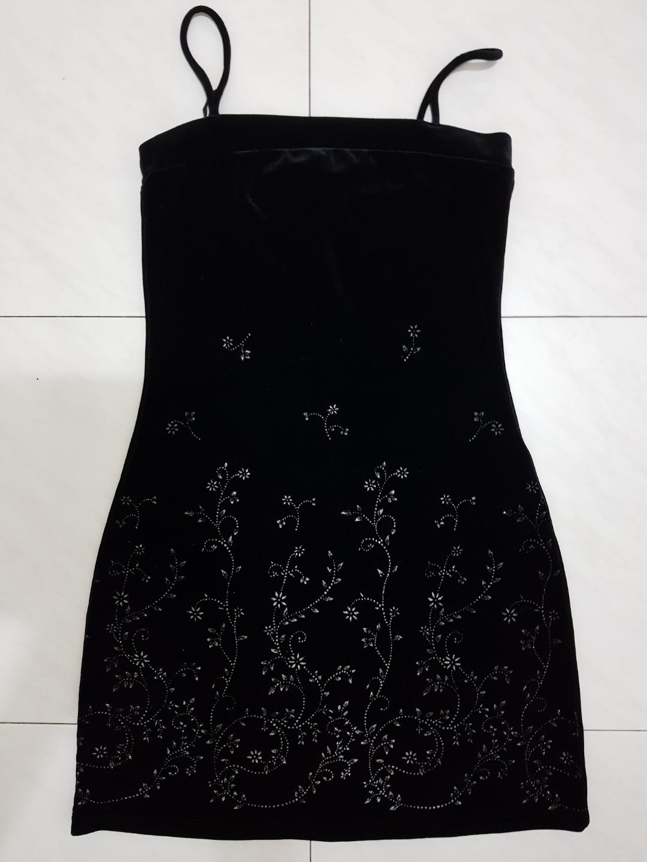 1d9540b37e47 New Status Black Glitter Floral Party Dress, Women's Fashion ...