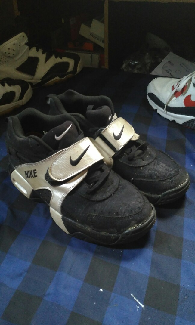 Nike Air Veer Black And White Size 42 Fit 41 Murah Not Vans Adidas New Balance Converse Puma Reebok Mens Fashion Footwear Sneakers On Carousell