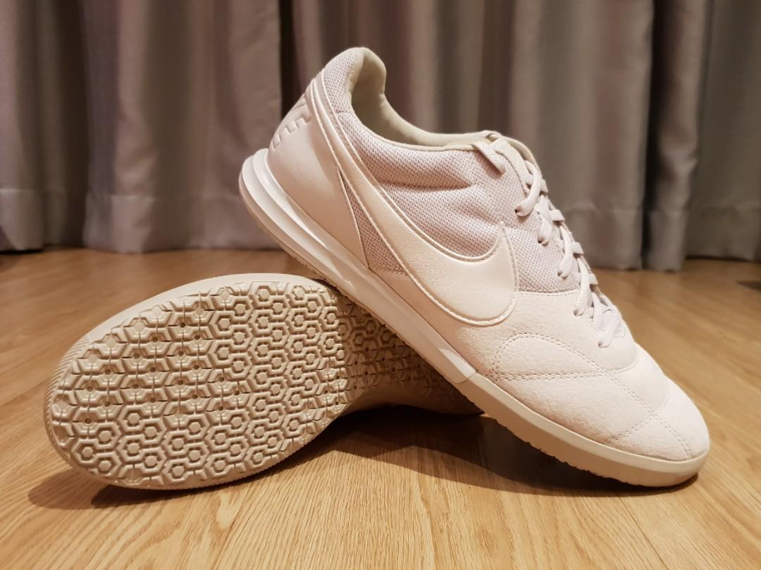 d03bd1a6d Nike The Premier II Sala, Men's Fashion, Footwear, Sneakers on Carousell