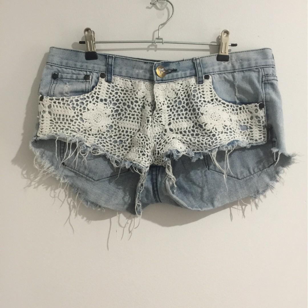 One Teaspoon Shorts Size 10