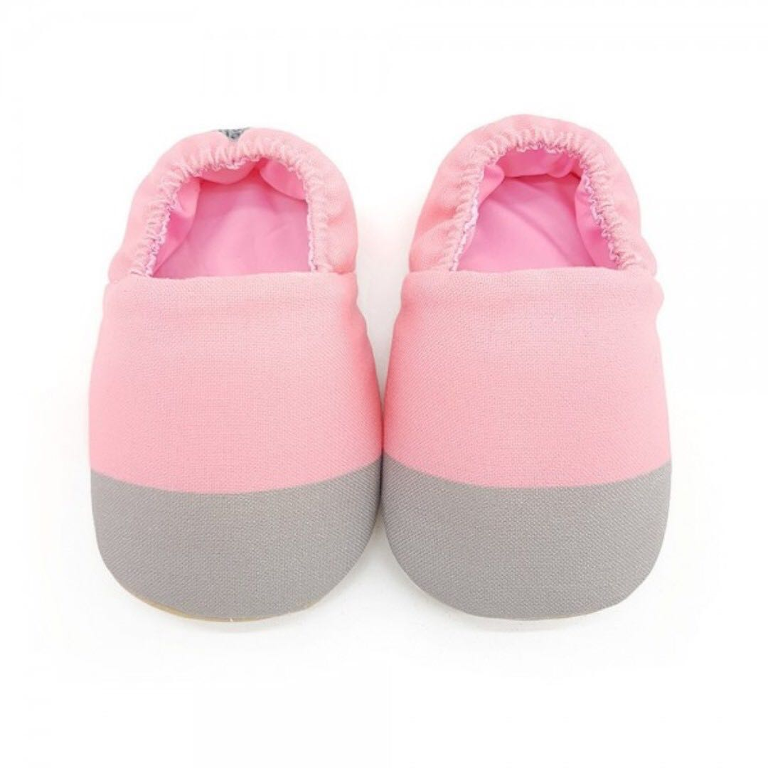 0ce31ea75359 Pinkish Baby Crib Shoes