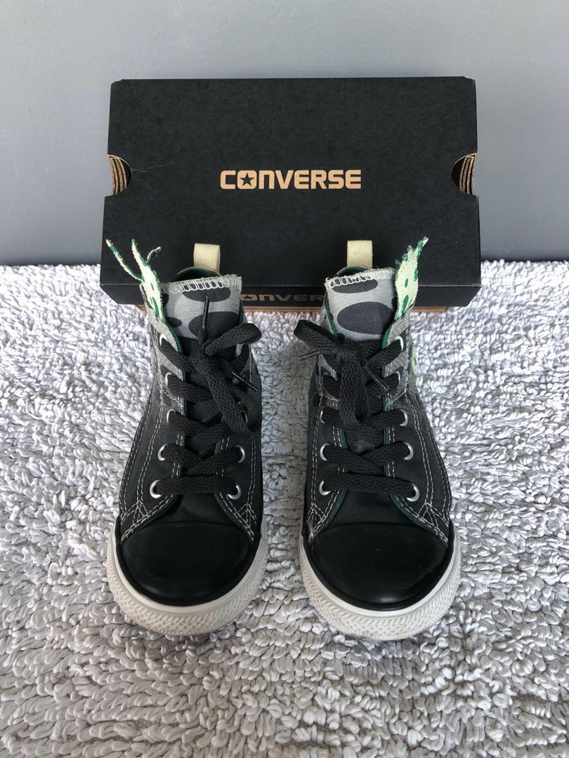 dc7aecd479ca Preloved Converse Size UK10 Sneakers for Toddler Kid Boy