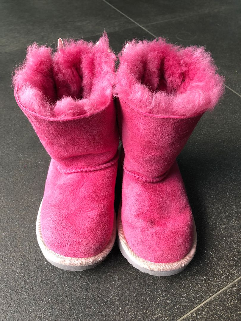 d471fb05409 Toddler Girls' UGG Bailey Bow II Winter Boots Size US 9