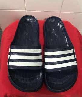 Original adidas slipper
