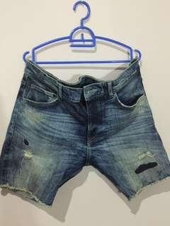 Short Denim Ripped Jeans H&M