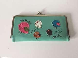 Embroidery bird wallet