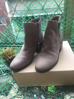 專櫃Lucky Brand 真皮靴 灰棕色 8.5M/25.5