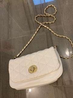 F21 White Quilted Bag