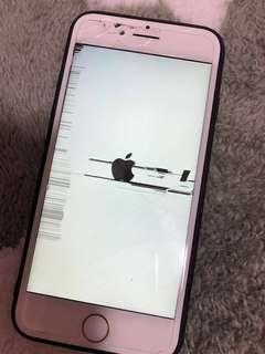 Selling Iphone 7 screen LCD cracked iph7 iph7plus