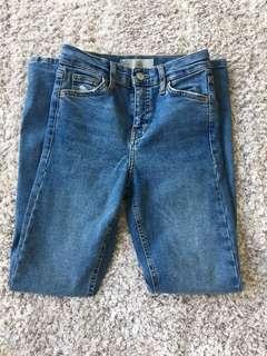 "TOPSHOP ""Jamie Jeans"" size 24"