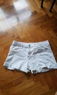 hnm white denim shorts