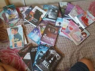 POP FIC AND PSICOM BOOKS!