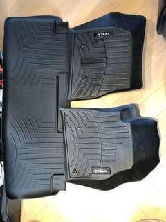 原廠tesla model S 全天候內部地墊套裝 8成新