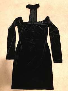 MISSGUIDED velvet choker bodycon dress