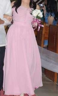 Old Rose Gown (Pang-abay)