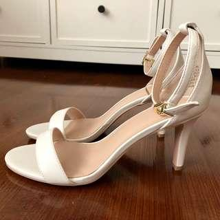 H&M white 3 inches heels