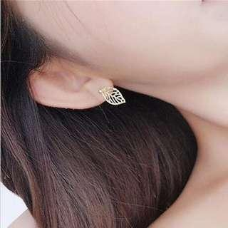 ✨FREE SHIPPING Dainty Leaf Earrings