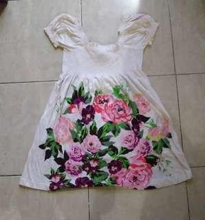 Dress pantai beach hnm h&m