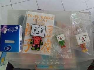 TO-FU OYAKO 物品一堆賣 -掛飾 擺設(包平郵)
