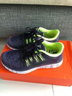 online retailer 51eac f643e nike   Others   Carousell Singapore