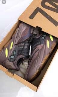 Yeezy Boots 700 Size UK8.5 EU 42