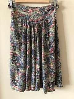 Scanlan Theodore silk skirt in size Aus 12, excellent condition