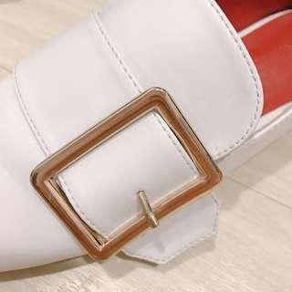純白 真皮 英倫風 金屬方釦 懶人 平底 踩腳拖 鞋