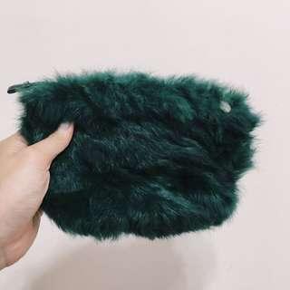 全新!墨綠色 祖母綠 毛毛包 收納包 手拿包 小側背包