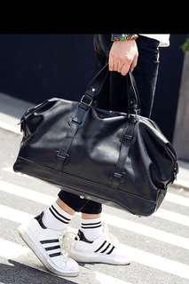🚚 ✔️INSTOCK! The Perfect Weekender Bag - Gym Bag - Minimalist Mens Black Duffel Bag - Travel Bag Laptop Bag